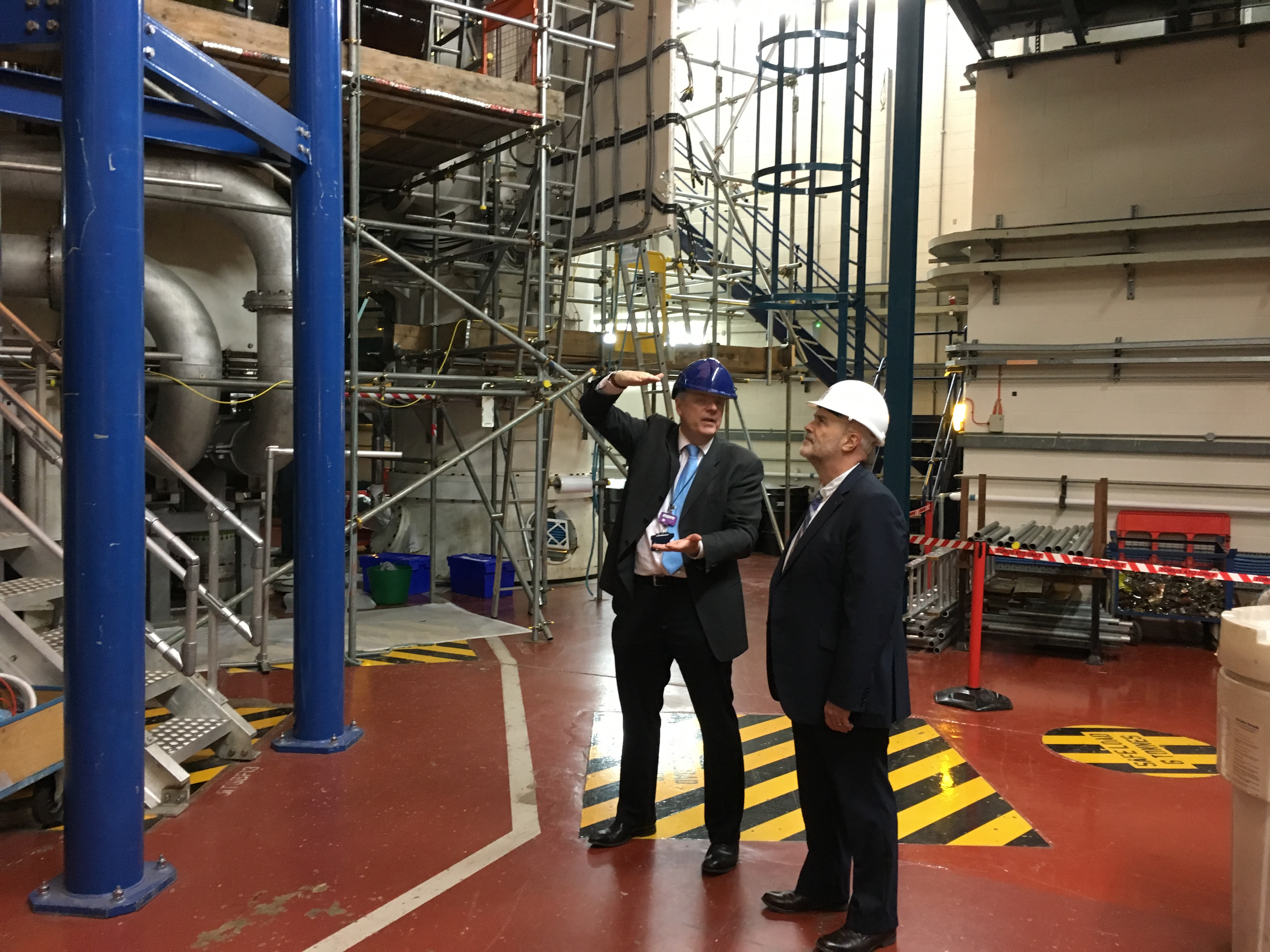 John visits Culham and calls for assurances over future of fusion research