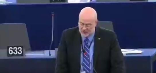 Thomas Cook : Call for UK to Help staff through EU fund